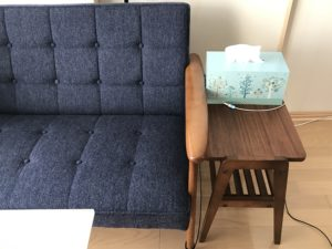 Kチェアタープブルーとemoサイドテーブル