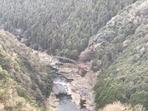 嵐山-高雄パークウエイ保津峡展望台嵯峨野トロッコ列車
